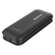 Зарядное устройство Defender Lavita 4000 с аккумулятором 4000 мА/ч, 1A USB (83644)